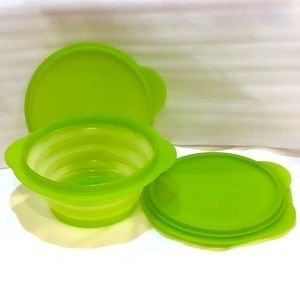 Tupperware Flat Out ™️ collapsible bowls with lids